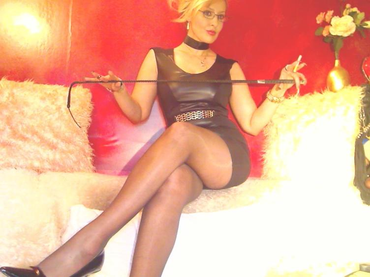 dominatrixchris i am your mistress you are my slave. I demand you obey!