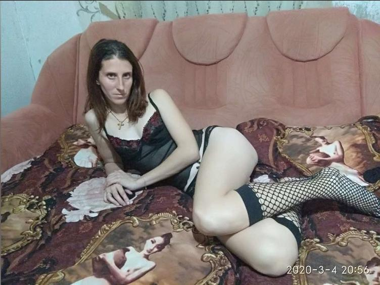 wolfxsnow I`m a sweet gorgeous girl ready to fulfil your deeply hidden fantasies