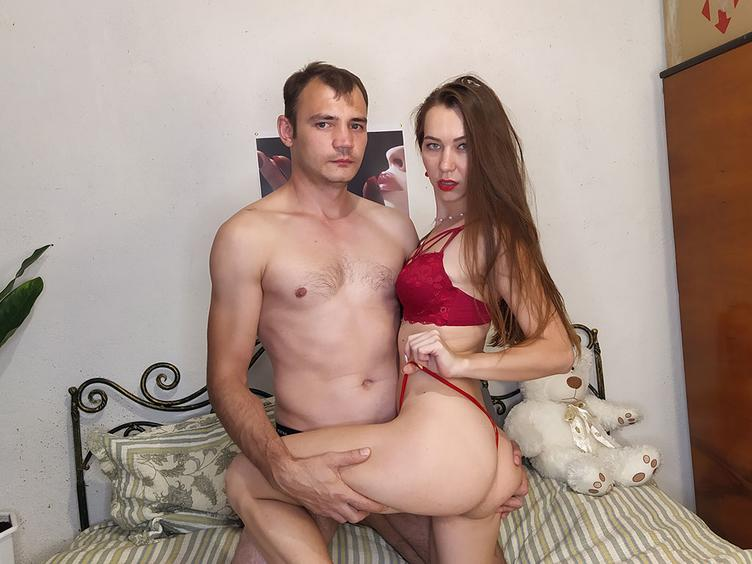 We are hot couple ! We like to have fun on cam. Ready for everything what you wanna see!